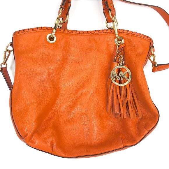 Michael Kors Handbags - Michael Kors Bennet Whip Stitch Hobo Bag Crossbody